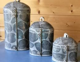 (V4)Set of monochrome flower canisters