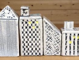 """Urban buildings """" make your own skyline"""" sizes vary between 4 to 8cm high x 2 to 4 cm wide"""