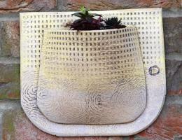 Pocket Planter 22cm highx27cm wide