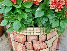 Large stoneware garden planter 41cm tall x 41cm wide