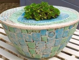 Stoneware planting bowl approx 20cm diameter