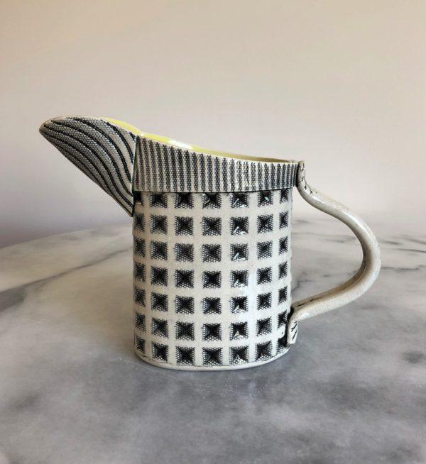 SMH20 - Medium jug - Diamond - Yellow interior -18 cms tall