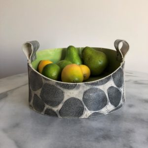 SMH25 - Fruit Bowl - Lime interior -26 cms diameter